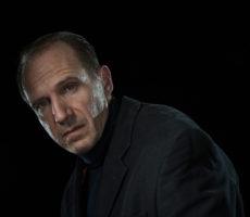 Ralph Fiennes as Richard III by Hugo Glendinning